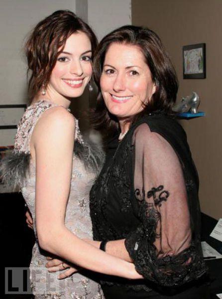 Anne Hathaway (ان هتوی)
