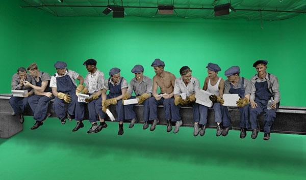 کارگران در بالای آسمان خراش