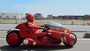 مدل واقعی از موتور قرمز رنگ و معروف انیمیشن آکیرا AKIRA